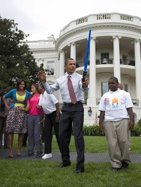 obama_light-saber